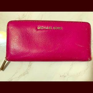 Michael Kors Large Zippered Continental Wallet